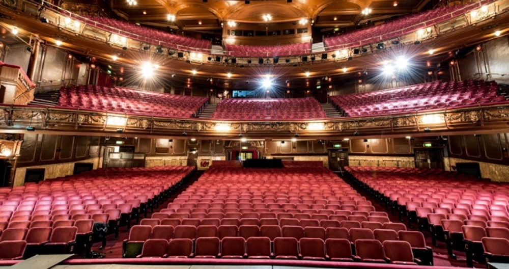 Ernie's Theatre Blog | News of what's on in theatres across ...